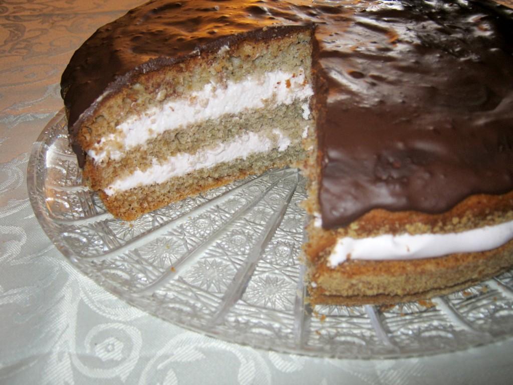 Ciasto na syropie malinowym