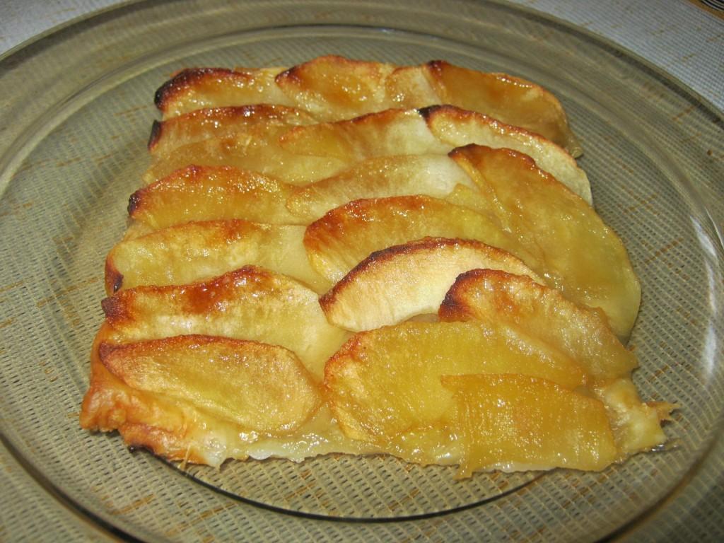 Tarta jabłkowa na cieście francuskim1