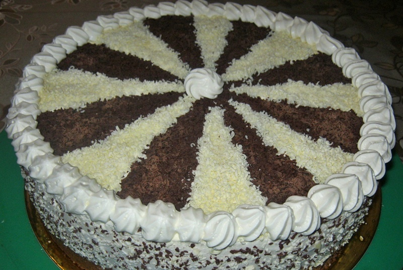 tort-czekoladowo-chalwowy113-crop