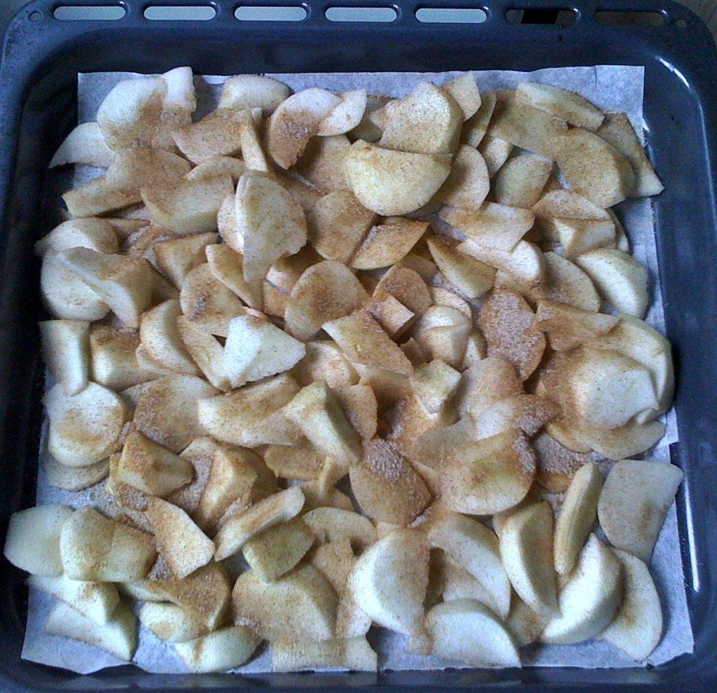 rolada-jablkowa0000000-crop