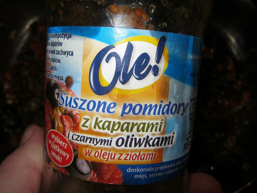 Makaron razowy z suszonymi pomidorami0