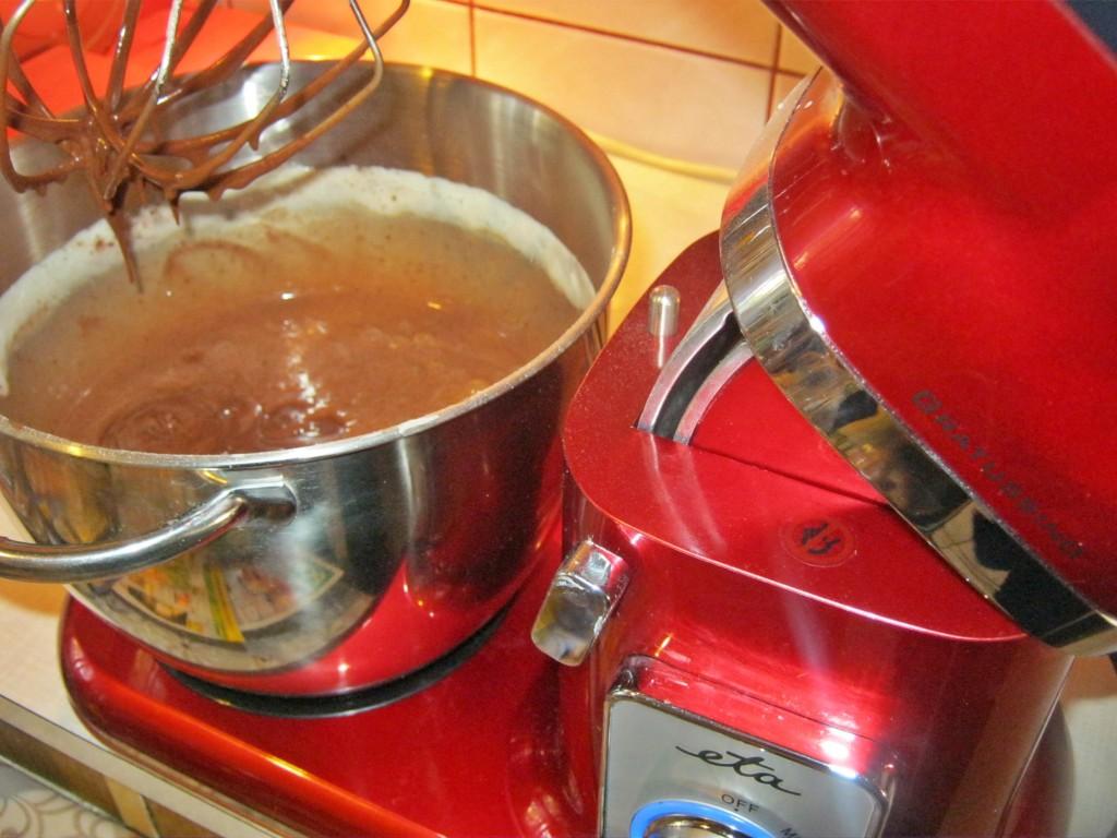 Ciasto czekoladowe z gruszkami00
