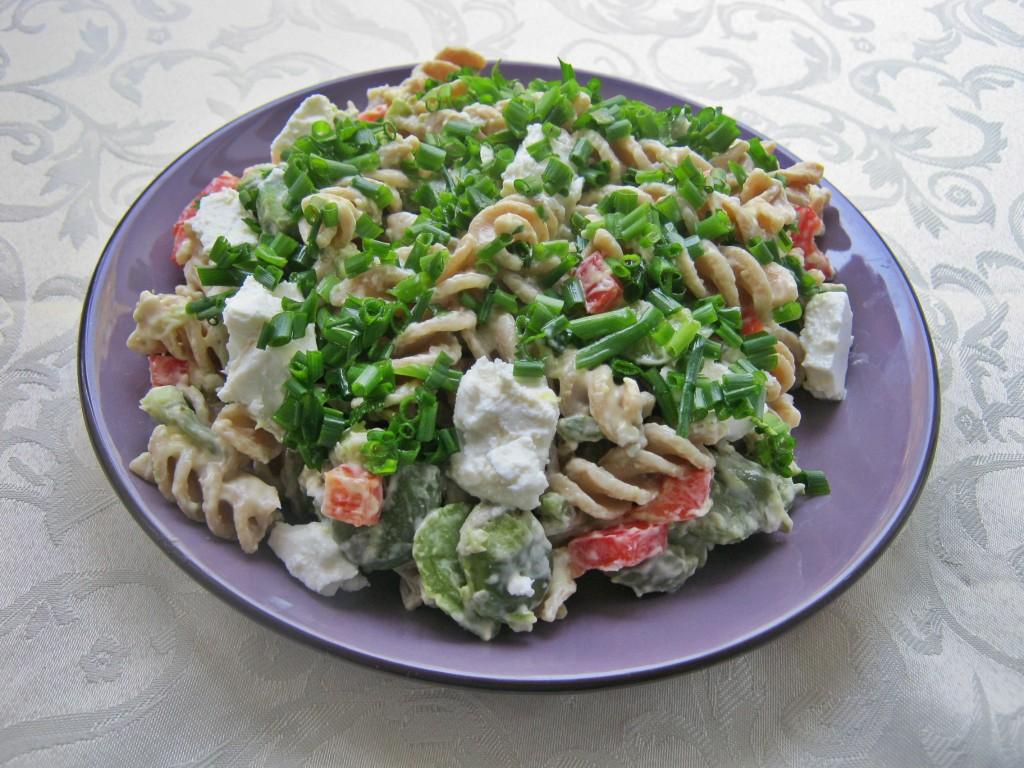 Sałatka z bobem i serem feta1