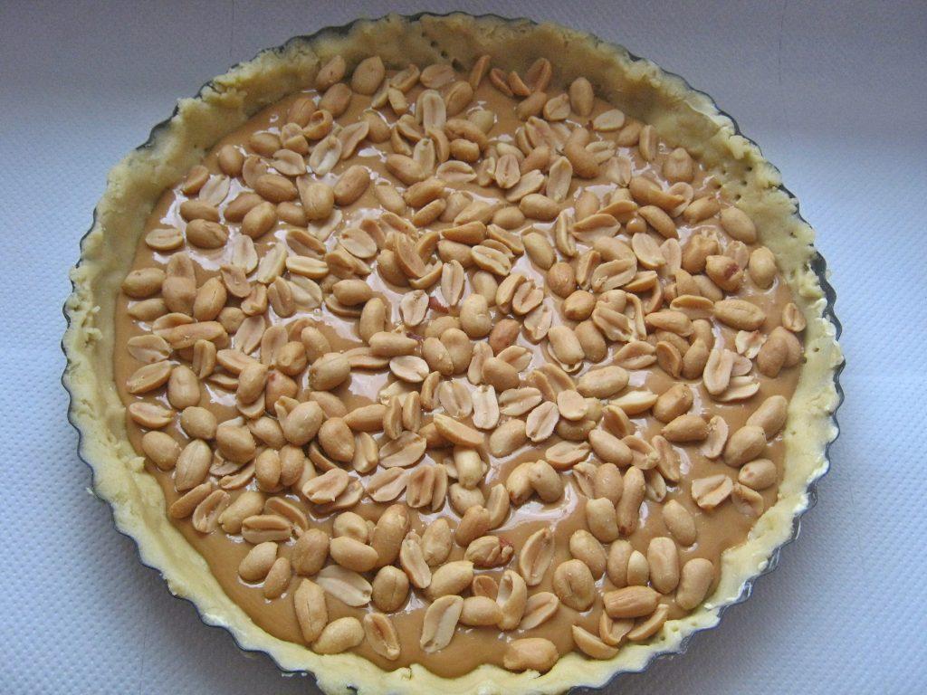 ciasto-z-orzechami-i-pieczona-masa-kajmakowa21