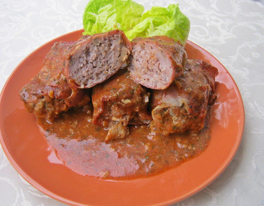 klopsy-z-zupa-cebulowa-i-pieczarkami-w-sosie-pomidorowym0