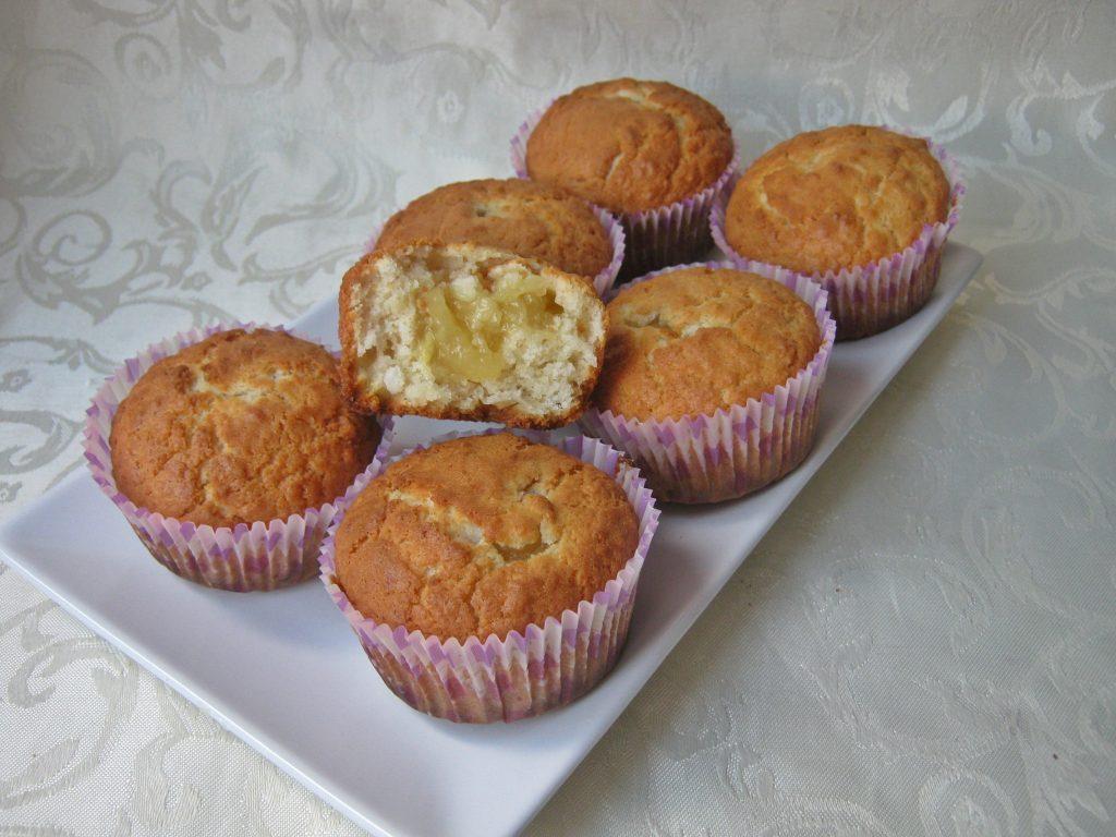 muffinki-kokosowe-z-nadzieniem-ananasowym17