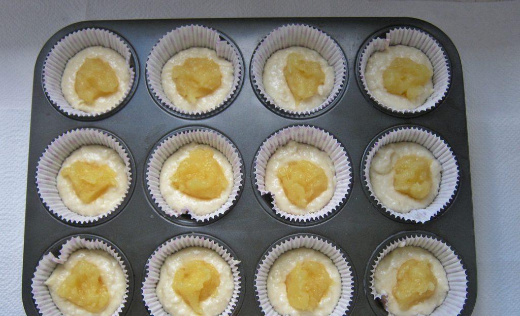 muffinki-kokosowe-z-nadzieniem-ananasowym22