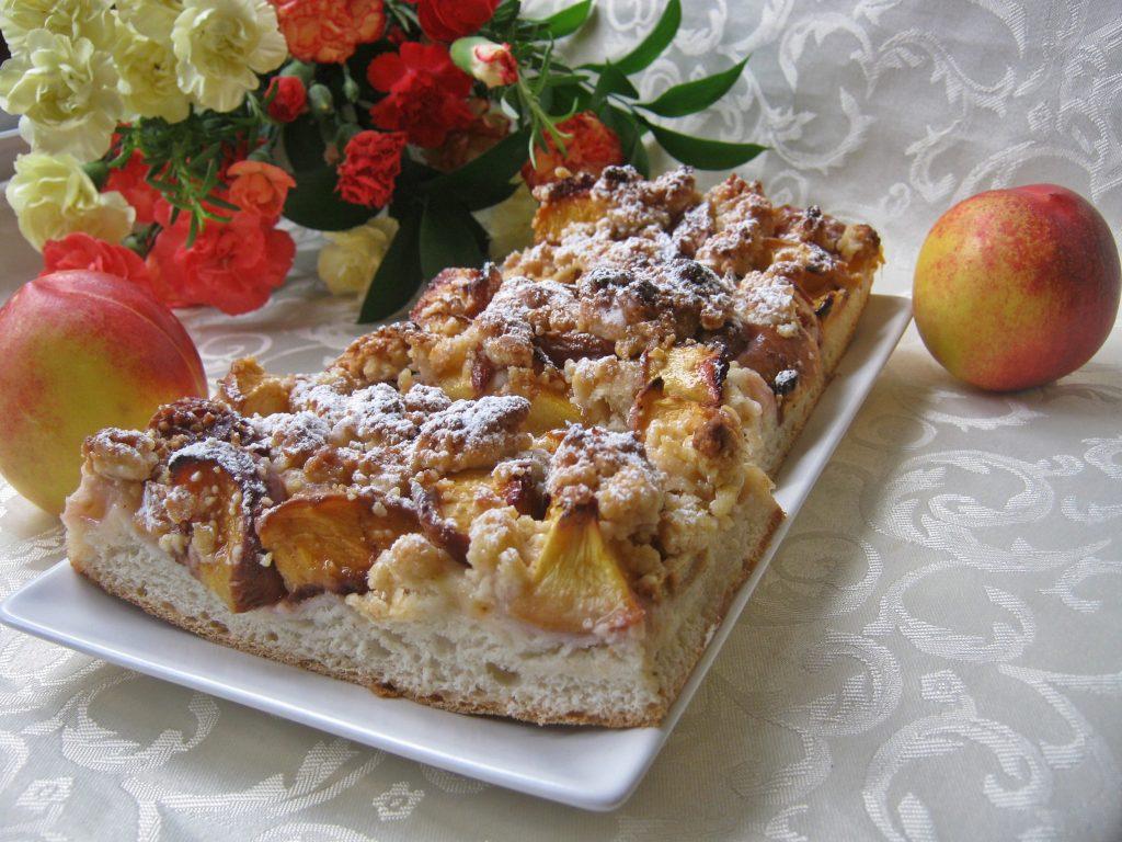 ciasto-drozdzowe-z-nektarynami01